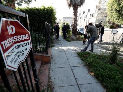 Det var her, at Lady Gagas to franske bulldogs blev stjålet under en gåtur i Los Angeles onsdag aften lokal tid.