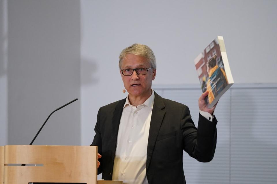 Ydelseskommissionens formand, Torben Tranæs, kunne mandag fortælle om kommissionens anbefalinger.