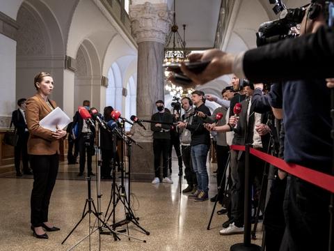Sagen om børn med dansk tilknytning i syriske lejre presser i øjeblikket statsminister Mette Frederiksen (S) og regeringen. (Arkivfoto)