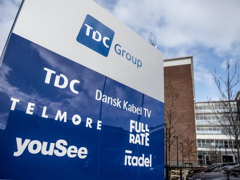 TDC mistede 61.000 tv-kunder, 35.000 private mobilkunder og 31.000 bredbåndskunder i årets første tre måneder. (Arkivfoto)