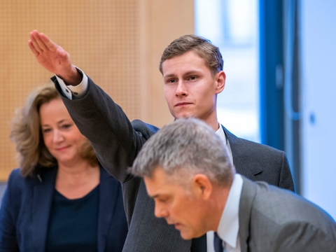Philip Manshaus har på intet tidspunkt vist anger for drabet på sin stedsøster og angrebet på en moské i Bærum. Torsdag blev han idømt 21 års forvaring.
