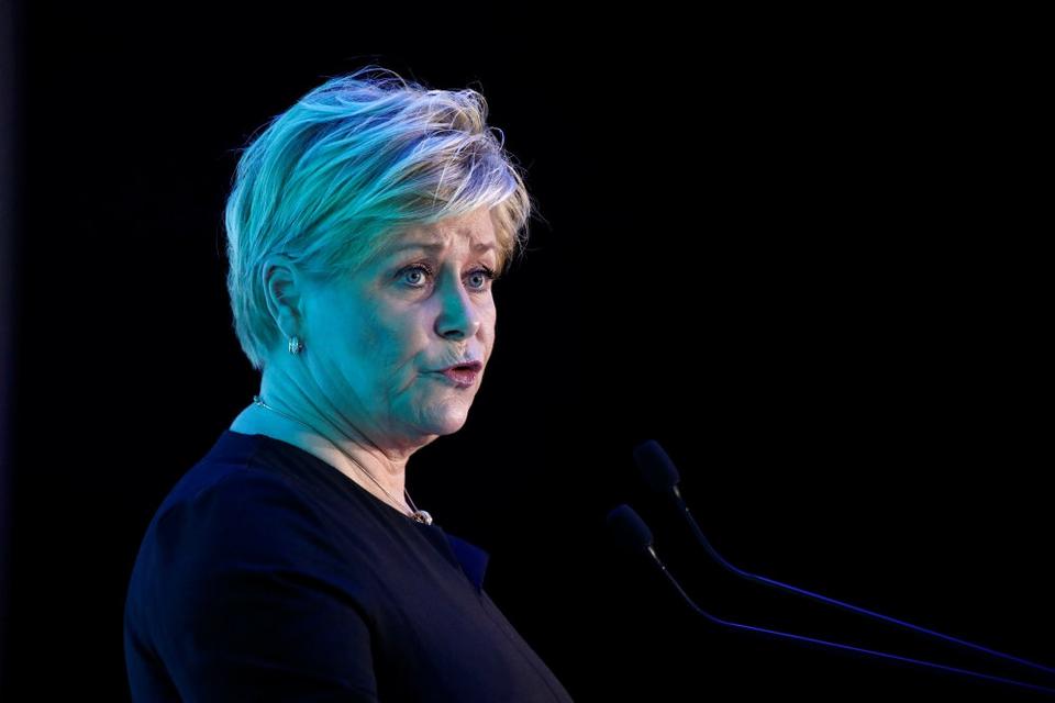 """Fremskrittspartiets leder, Siv Jensen, siger, at """"bægeret er fuldt"""", efter at Norge har besluttet sig for at hjemtage en IS-kvinde og hendes børn (Arkivfoto)."""