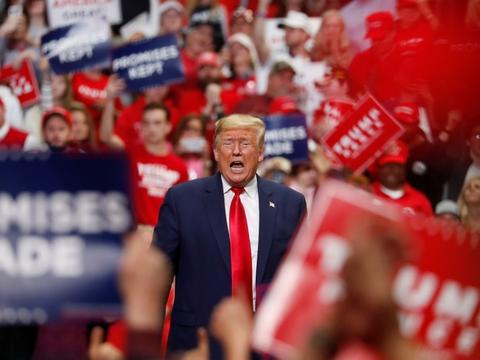 I næste uge vil USA's præsident, Donald Trump, igen møde sine vælgere ved vælgermøder. Meldingen kommer, mens det amerikanske samfund er ved at åbne op efter en omfattende coronanedlukning - men store begivenheder frarådes fortsat. (Arkivfoto).