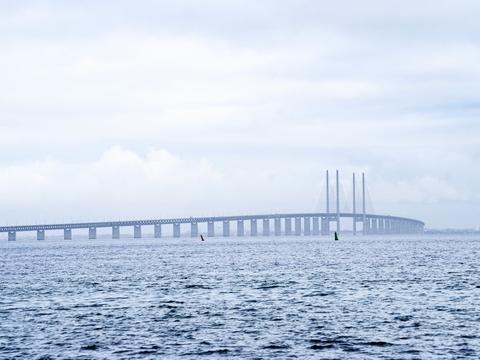 Politiske partier vil se på, om man kan forhindre en massiv spildevandsudledning i Øresund. (Arkivfoto)