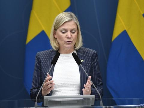 Sveriges finansministerium forudser en negativ vækst på omkring syv procent i år. Ifølge finansminister Magdalene Andersson er prognosen  i tråd med den svenske regerings forudsigelser i dens forårsbudget, Det sagde hun på pressemøde tirsdag.