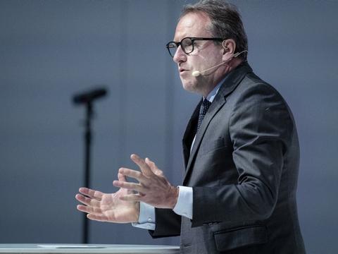 Regeringens nye stramninger for at mindske spredning af coronavirus vil få omfattende økonomiske konsekvenser for erhvervslivet, mener topchefen for DI, Lars Sandahl Sørensen. (Arkivfoto).