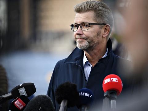 Daværende overborgmester Frank Jensen (S) dansede ikke bare glad rundt til julefrokosten i 2011, siger otte tidligere ansatte til Jyllands-Posten. (Arkivfoto)