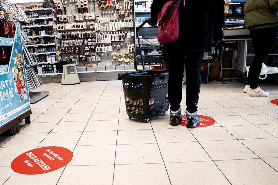 Den danske økonomi har fået et historisk stort slag i andet kvartal, skønner Danmarks Statistik. (Arkivfoto)