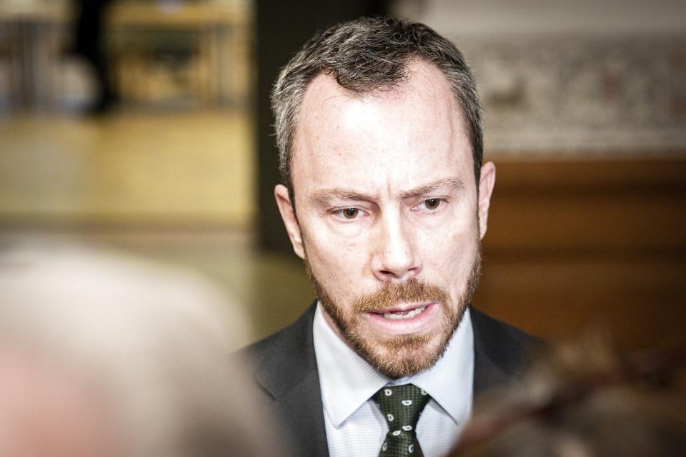 Jakob Ellemann-Jensen (V) taler med pressen efter det ekstraordinære møde i Udenrigspolitisk Nævn om Iran og Irak på Christiansborg, onsdag den 8. januar 2020. (Foto: Niels Christian Vilmann/Ritzau Scanpix)