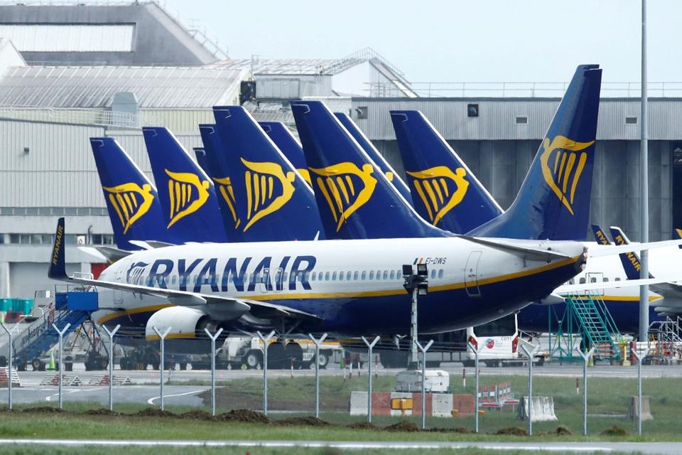 Effekterne af coronakrisen gør, at Ryanair forventer at tabe penge i første kvartal af det nye regnskabsår. (Arkivfoto)