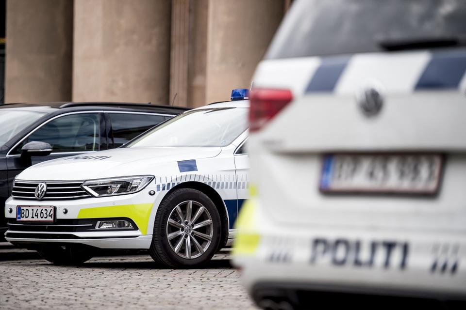 En genstand, som formentlig var en bilbombe, monteret på en bil i Gladsaxe bliver efterforsket som et drabsforsøg, siger politiet. (Arkivfoto)