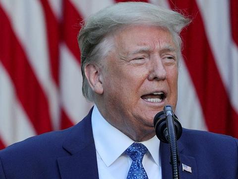 Den amerikanske præsident, Donald Trump, glæder sig på Twitter over en stærk jobrapport for maj.