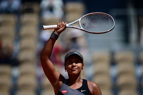 Naomi Osaka efter sin sejr søndag i første runde af French Open.