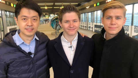 Anders Storgaard sammen med Ted Hui (tv) og Thomas Rohden (th), da Ted Hui var i Danmark i december.