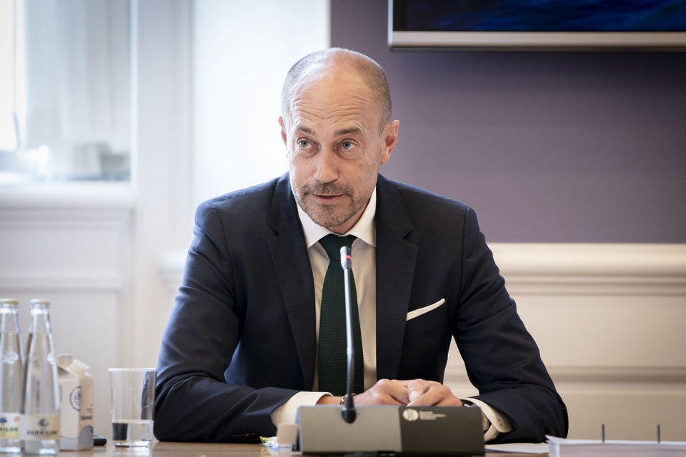 Sundheds- og ældreminister Magnus Heunicke (S) indkalder til pressemøde om coronavirus fredag klokken 14.00. (Arkivfoto).