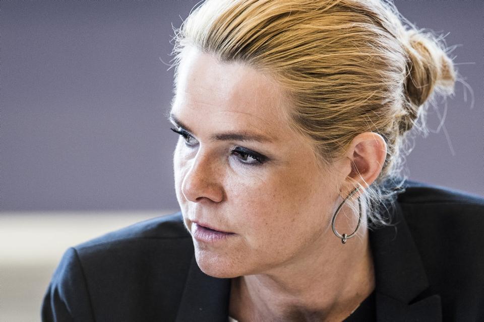 (ARKIV) Daværende udlændinge- og integrationsminister Inger Støjberg (V) i åbent samråd i Folketingets Udlændinge- og Integrationsudvalg, fredag den 23. juni 2017. Efter måneder med uro mellem Inger Støjberg og den nuværende V-partiledelse smækker hun med døren og forlader partiet for at blive løsgænger i Folketinget. Det skriver Ritzau, torsdag den 4. februar 2021.. (Foto: Ida Marie Odgaard/Ritzau Scanpix)