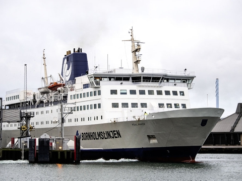Skal man besøge Bornholm den kommende tid, skal man kunne fremvise en negativ coronatest. (Arkivfoto)
