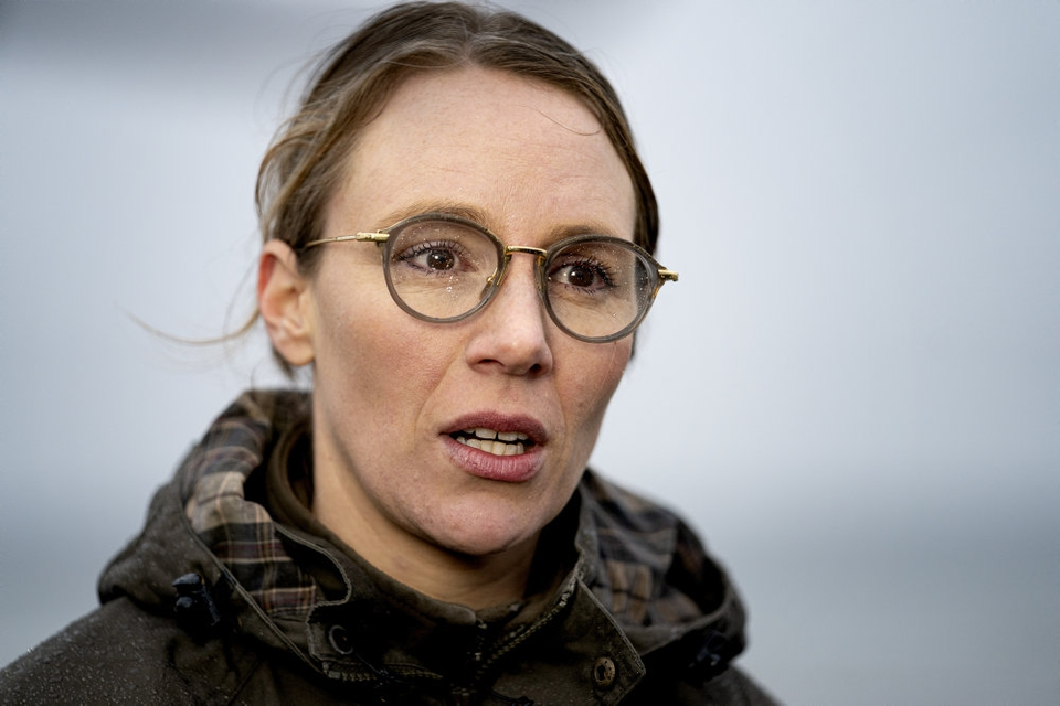 Miljøminister Lea Wermelin (S) mener, at regeringens forslag til et nyt affaldssorteringssystem vil gøre det nemmere at sortere affald. (Arkivfoto)