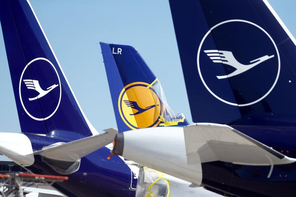 Den tyske forbundsregering og luftfartsselskabet Lufthansa nåede mandag til enighed om en redningspakke til over 67 milliarder kroner. (Arkivfoto)