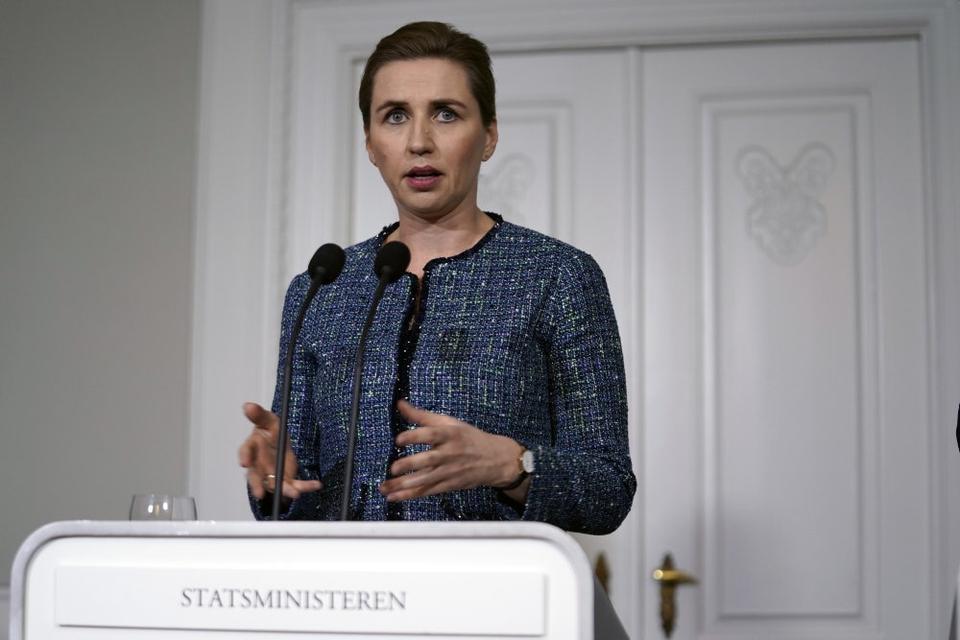 Statsminister Mette Frederiksen holder pressemøde om stramninger for fremmedkrigere i Statsministeriet.