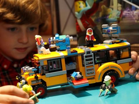 Lego vil inden 2030 udskifte det materiale, som virksomheden producerer sine kendte klodser af. (Arkivfoto)