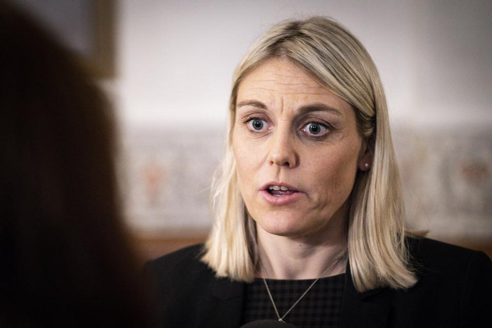 Forsvarsminister Trine Bramsen (S) har sendt et rejsehold til Hjørring for at undersøge hullerne i kontrollen med indløb i Forsvarsministeriets Ejendomsstyrelse. (arkivfoto).