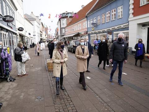 Statsminister Mette Frederiksen (S) gæstede mandag formiddag Helsingør i forbindelse med den gradvise genåbning af samfundet fra 1. marts.