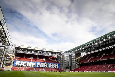 De tomme tribuner i Parken satte igen sit præg på FCK's regnskab for første kvartal. (Arkivfoto)