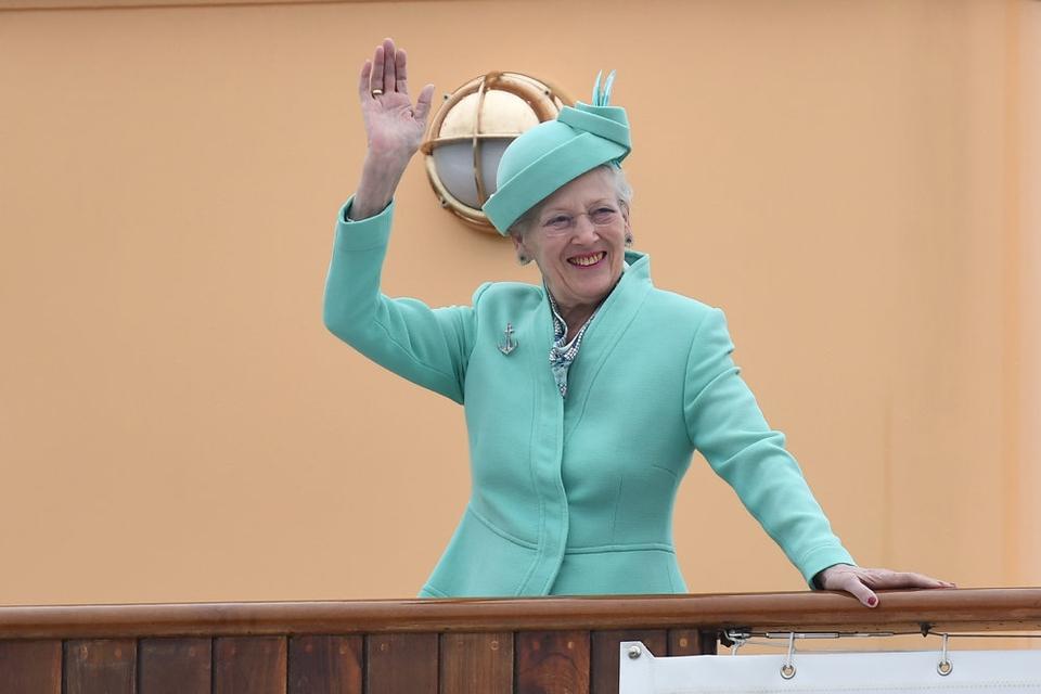 På grund af coronakrisen bliver dronning Margrethes sommertogt med Kongeskibet Dannebrog aflyst. (Arkivfoto).