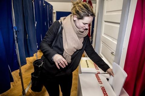 Line Barfod bliver spidskandidat for Enhedslisten i København til kommunalvalget i november. På billedet ses Enhedslistens politiske ordfører, Pernille Skipper, som stemmer ved kommunalvalget i 2017.