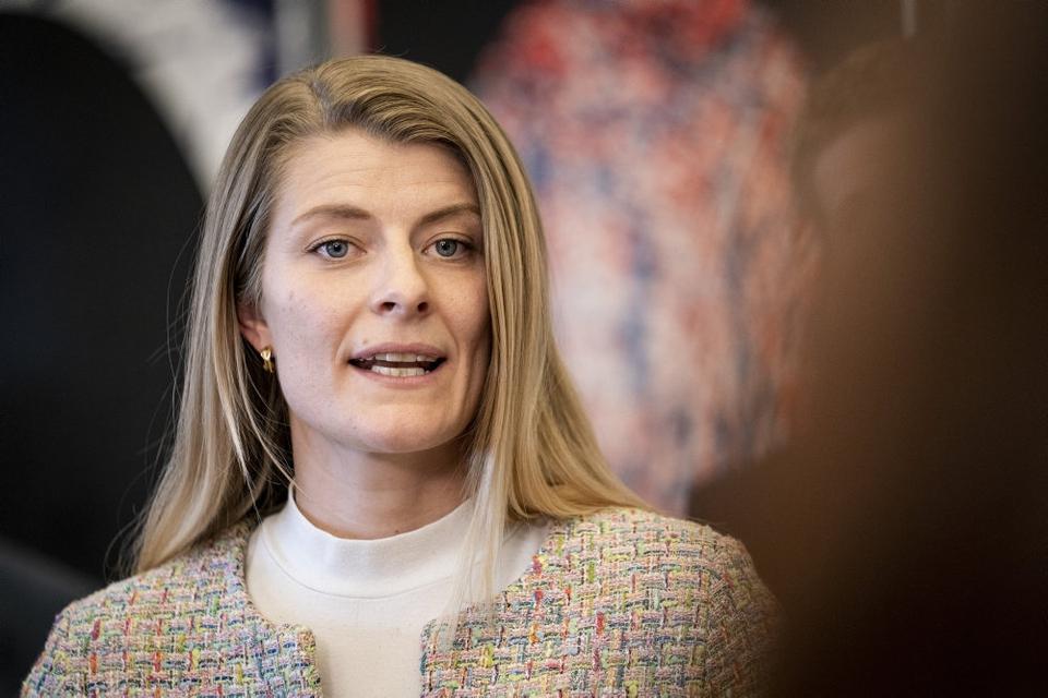 Uddannelses- og forskningsminister Ane Halsboe-Jørgensen mener ikke, at mere politisk styring med forskningsmidler vil svække forskningsfriheden. (Arkivfoto)