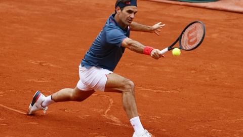 Roger Federer fik ikke det ønskede comeback på gruset i Geneve.
