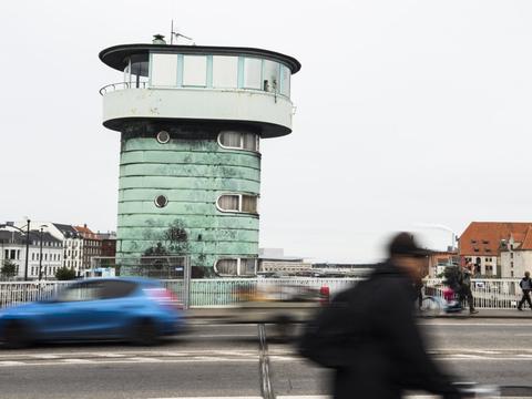 Det er muligt at køre til Christianshavn fra begge sider, men det er ikke muligt at passere fra Amager til Indre By via Christianshavn i bil. (Arkivfoto.)