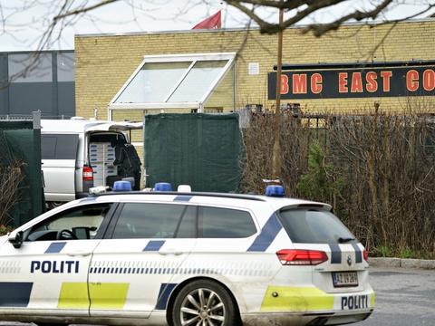 Efter drabet i Hillerød 2. januar har politiet ransaget Bandidos' klubhus på Industrivænget i Hillerød.