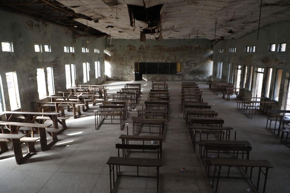 I sidste uge angreb ukendte gerningsmænd i Nigeria denne kostskole i Kagara i delstaten Niger. 42 elever og lærere blev ved den lejlighed bortført.