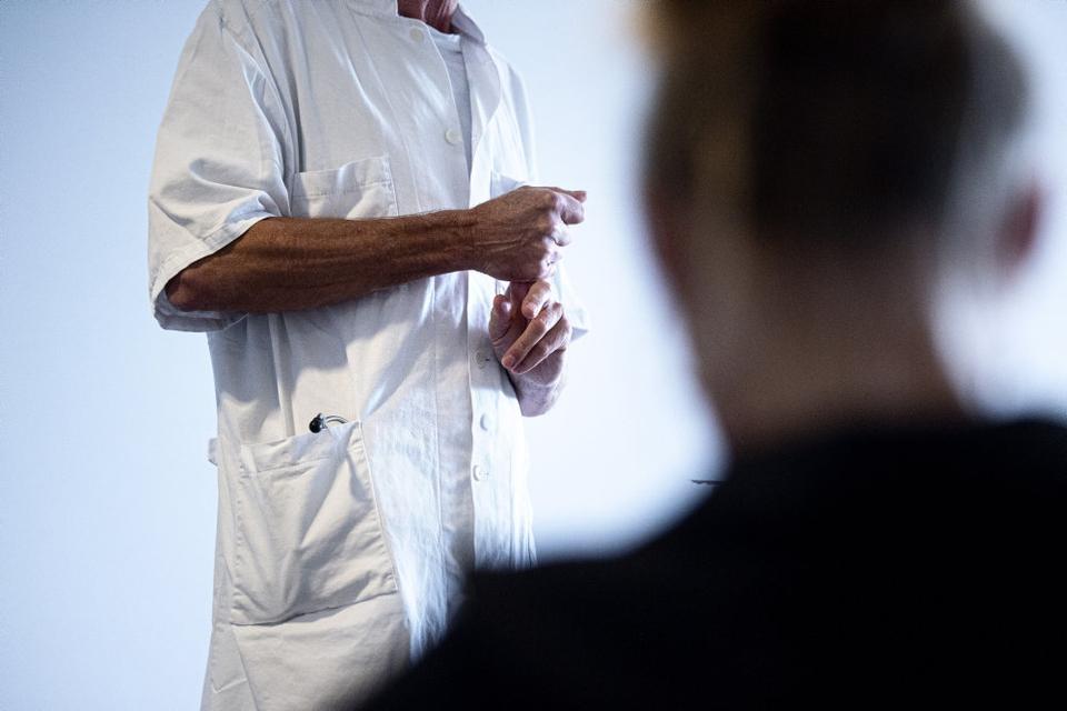 Mange danskere har ikke en fast almen praktiserende læge. (Arkivfoto)