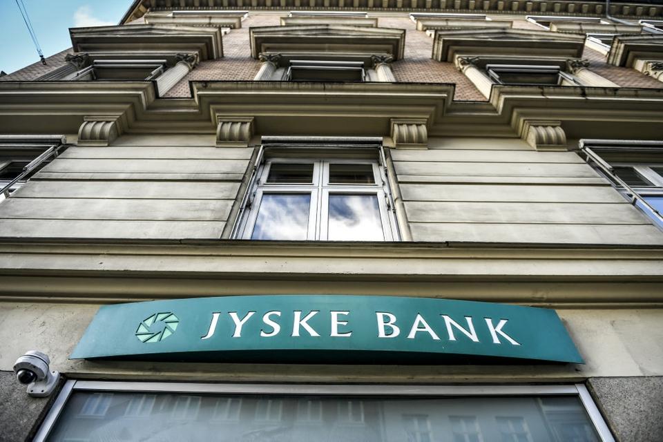 Jyske Bank skal snart sige farvel til sin bestyrelsesformand, der har siddet på posten i 16 år. (Arkivfoto)