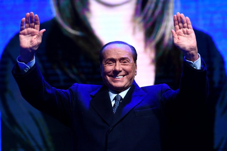 Den 83-årige Silvio Berlusconi er testet positiv for coronavirus, meddeler hans parti, Forza Italia. (Arkivfoto).