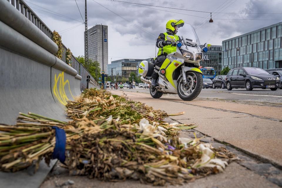 Vanvidskørsel kom meget i fokus sidste år. Her mistede en 35-årig politibetjent, der ikke var på arbejde, livet på Langebro i København efter hensynsløs kørsel fra en anden bilist. (Arkivfoto).