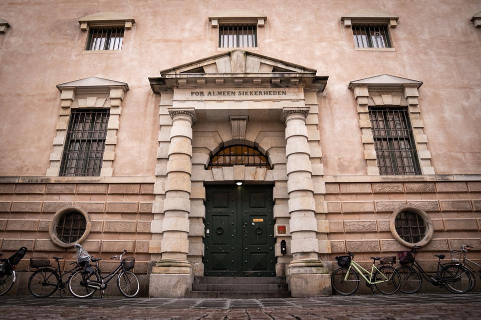 En dommer i Københavns Byret skal fredag bestemme, om en 57-årig mand skal varetægtsfængsles. Manden er mistænkt for svindel med coronahjælpepakker. (Arkivfoto).