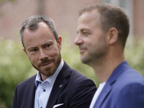 Venstres formand Jakob Ellemann-Jensen og De Radikales leder Morten Østergaard er enige om, at der bør gennemføres en grøn skattereform med en CO2-afgift.
