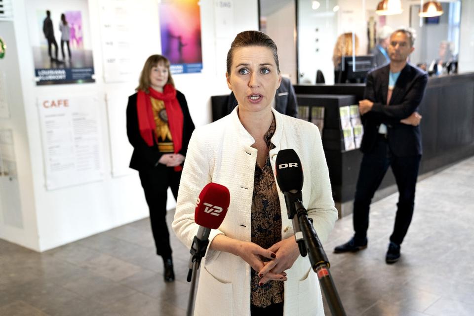 Statsminister Mette Frederiksen (S) igangsatte en nedlukning af landet den 11. marts. (Arkivfoto)