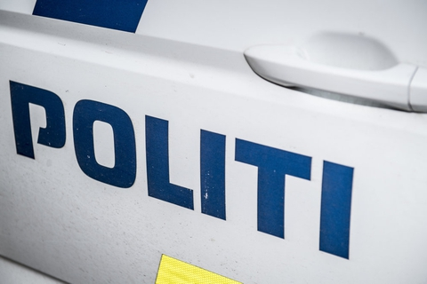 Københavns Vestegns Politi efterlyser en 24-årig mand efter skudepisode i Måløv tilbage i maj. (Arkivfoto).