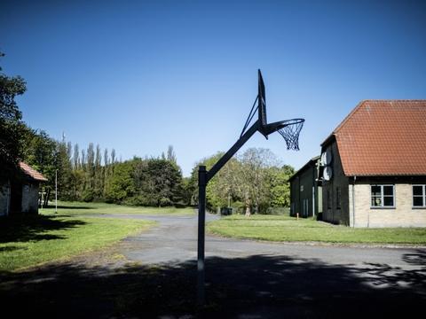Centret Holmegaard på Langeland kommer til at skulle huse op mod 130 dømte og udviste kriminelle.