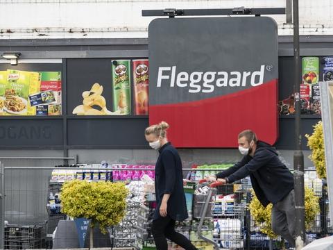 Udenrigsministeriet fraråder ikke længere ikke-nødvendige rejser til Slesvig-Holsten ved den dansk-tyske grænse i Jylland. Det betyder, at man kan tage ned og handle i grænselandet, uden at der er et krav om gå i karantæne, når man kommer hjem. (Arkivfoto)