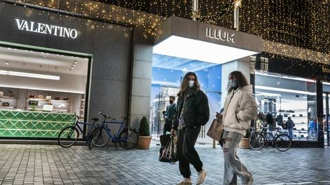 HK Handel frygter, det kan komme til at koste butiksansatte deres arbejde, når storcentre og butikker skal lukke.