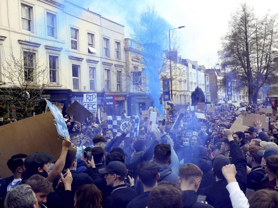 Chelseas fans var nogle af de første, der gik på gaden i protest mod The Super League. (Arkivfoto)