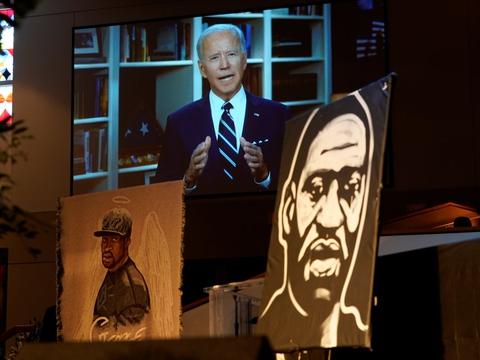 Joe Biden deltog ikke tirsdagens begravelse af George Floyd, men havde sendt en videobesked, der blev vist under ceremonien.