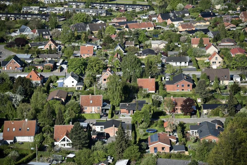 Der blev indhentet 8500 lånetilbud til køb af fast ejendom i marts, hvilket er nogenlunde på niveau med sidste år. (Arkivfoto)