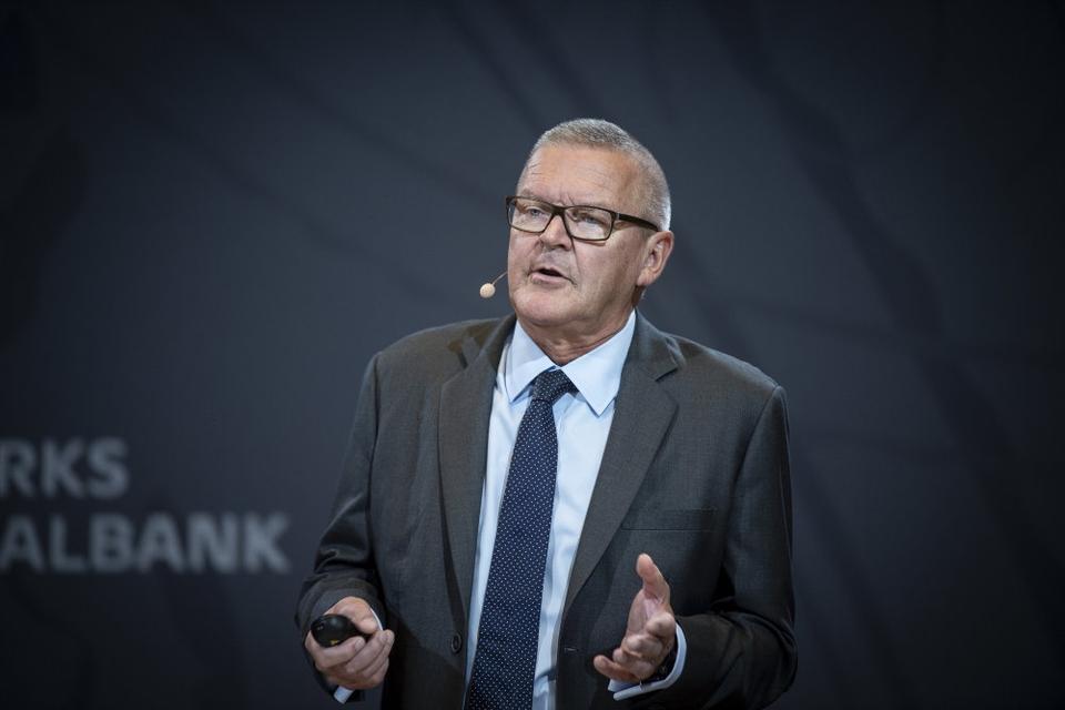 Nationalbankdirektør Lars Rohde spår, at coronakrisen kommer til at gøre ondt på dansk økonomi. (Arkivfoto)
